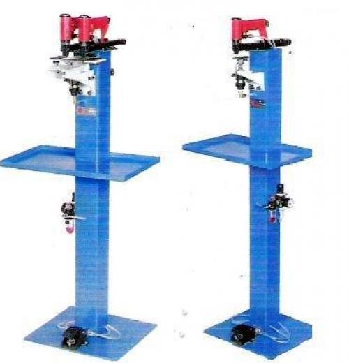 Grampeador Pacar Com Pedestal Com 1 ou 2 grampeadores.